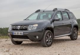 Dacia Duster отпред