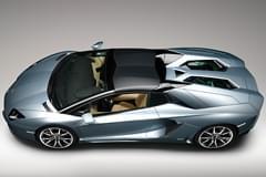 Lamborghini Aventador отгоре