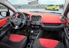Renault Clio изглед отвътре