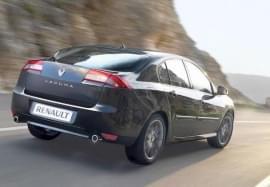 Renault Laguna изглед отзад